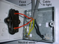 Light Switch Wiring Diagram 1 Way from www.diyhowto.co.uk